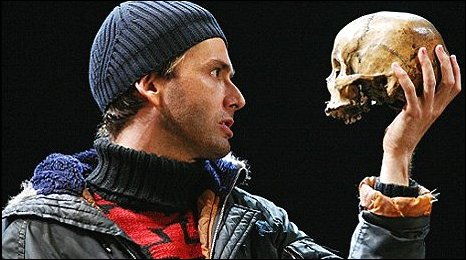 hamlet symbolism in yoricks skull Yorick's skull hamlet is not a very symbolic play in fact, the only object that one can easily pick out as a symbol in the play is the skull of yorick, a former court jester, which hamlet.